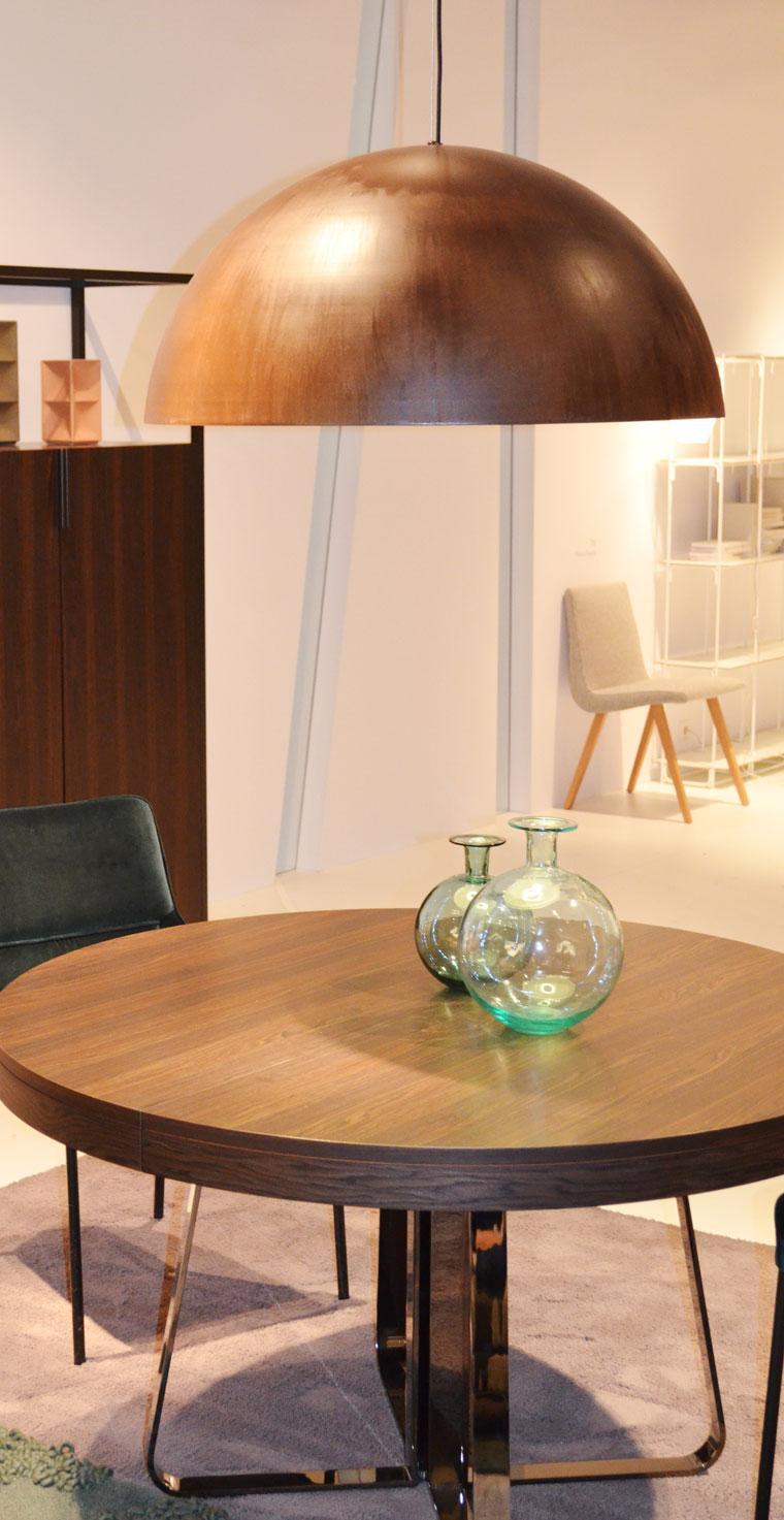 die trends der k lner m belmesse 2015 wird 39 s warm weich und wohnlich. Black Bedroom Furniture Sets. Home Design Ideas