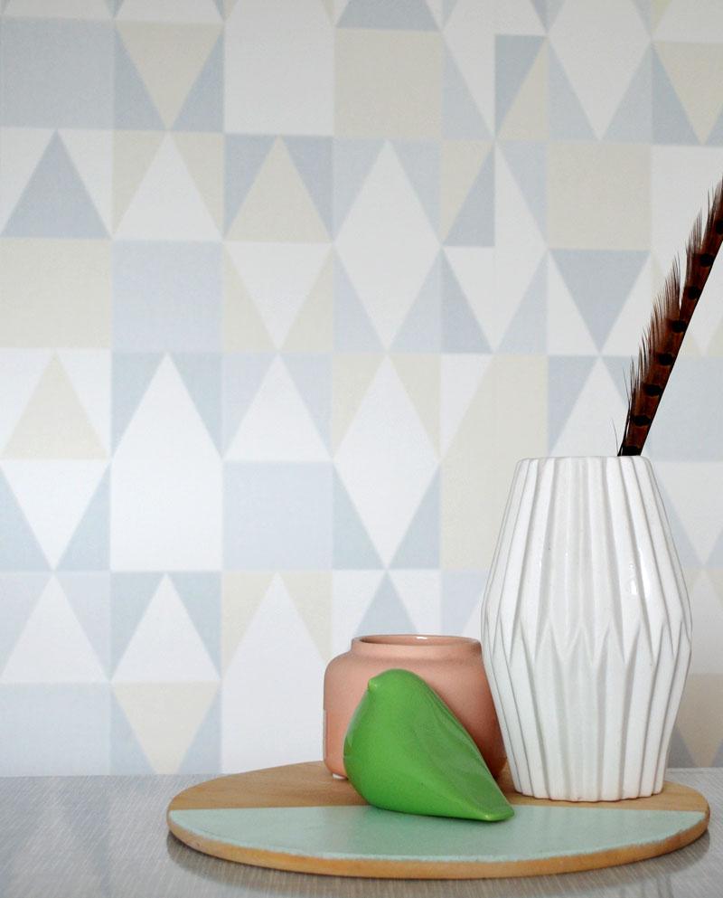 retro. Black Bedroom Furniture Sets. Home Design Ideas